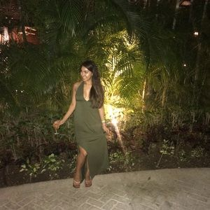 Dresses & Skirts - • Hunter Green Plunging Maxi Dress •